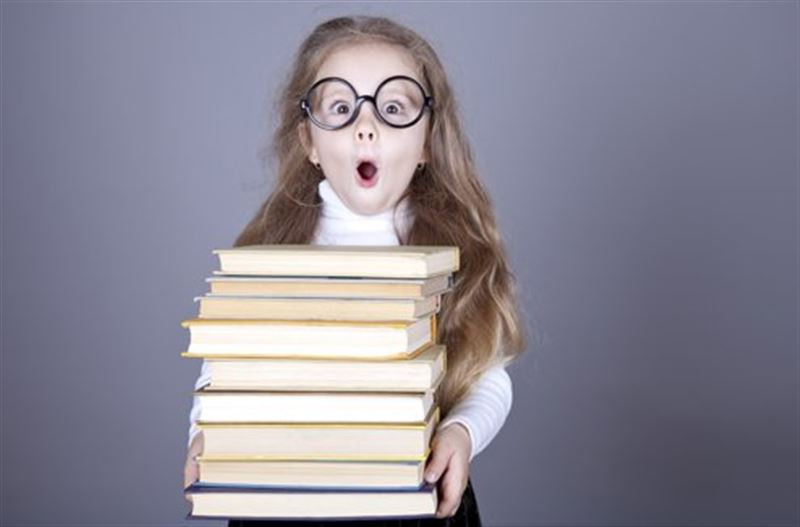 Казахстанские школьники мало читают, считает Токаев
