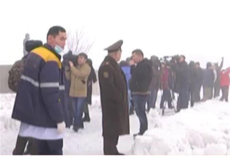 Под Алматы рухнул пассажирский самолет: 21 человек погиб