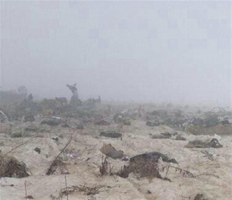 Видео с места крушения пассажирского самолета Challenger-200 близ Алматы