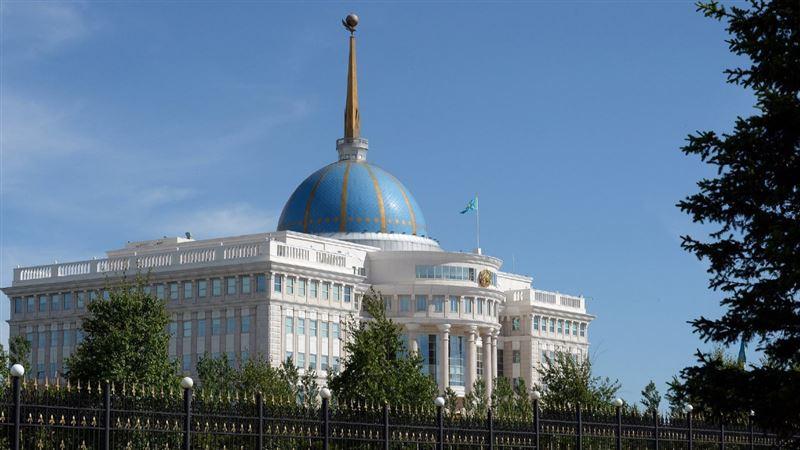 Президент встретился с главой Кызылординской области