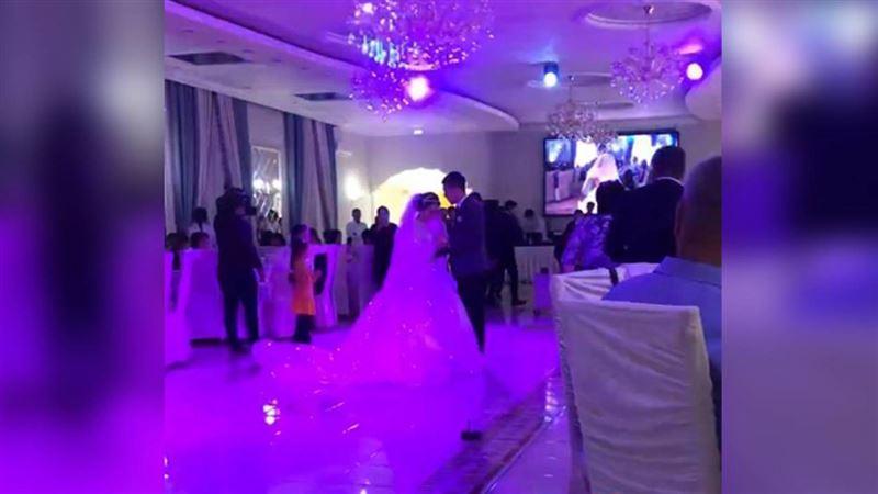 Пышная свадьба состоялась у сына сельского акима в ЗКО