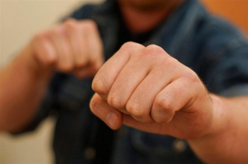 Полиция Талдыкоргана задержала мужчину, избившего другого до состояния комы