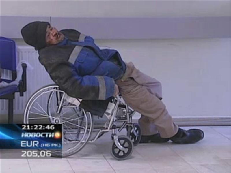 В Астане из-за гололёда пострадали больше 200 человек