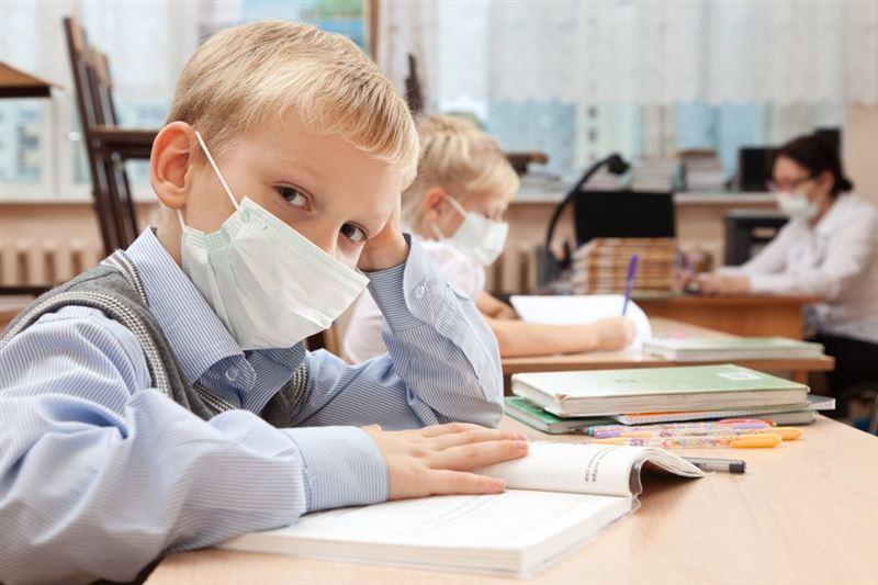 У 93 казахстанских школьников выявили коронавирус за сутки