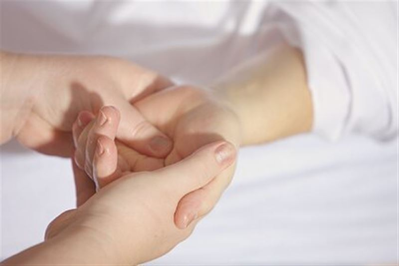 Онколог назвала неочевидный симптом смертельного заболевания