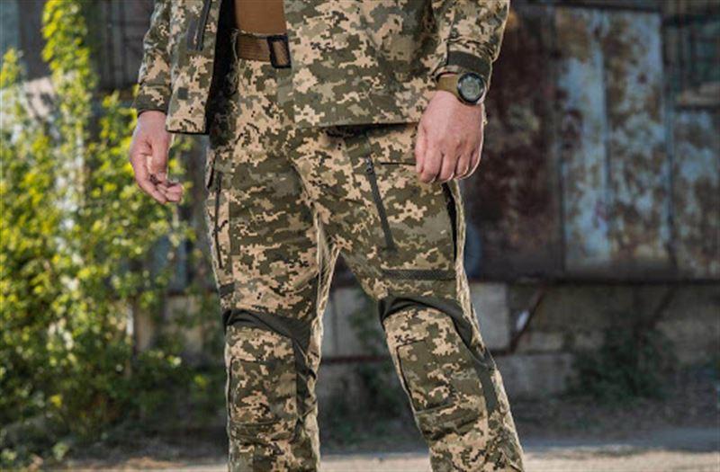 Казахстанцам, которые носят военную форму, может грозить штраф