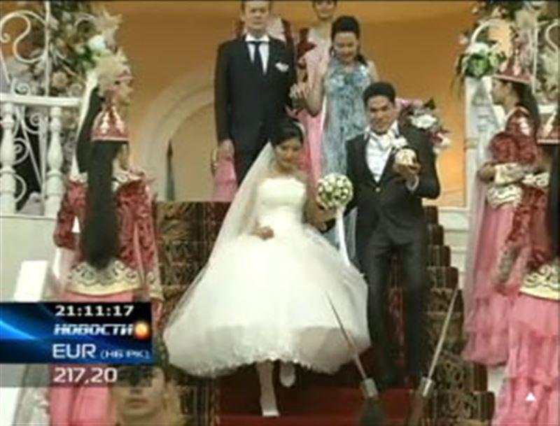 Завтра в Казахстане ожидается свадебный бум, а Нурсултан Назарбаев призвал жителей страны отказаться от роскошных тоев в долг