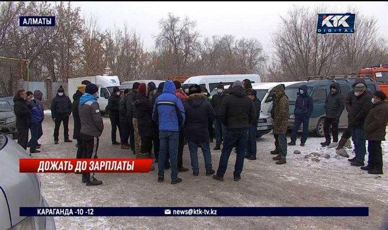 Дезинфекторам Алматы уже две недели не платят