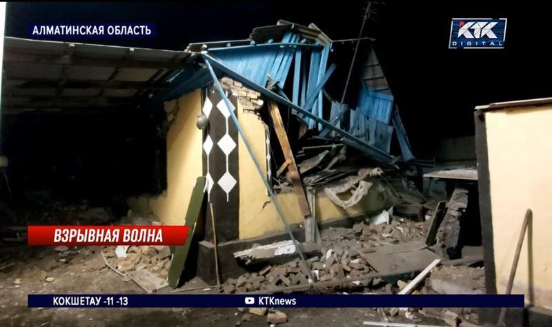 В пригороде Талдыкоргана взрыв газа разрушил дом