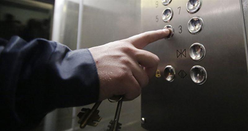 Павлодарда ер адам лифт шахтасына құлап кетті