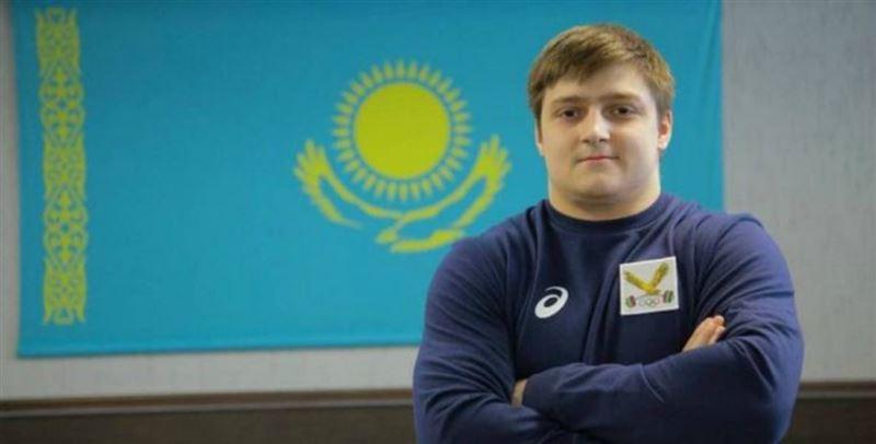 20 жастағы қазақстандық ауыр атлет Илья Ильиннің рекордын жаңартты
