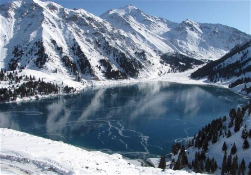 Около полуметра снега выпало в алматинских горах