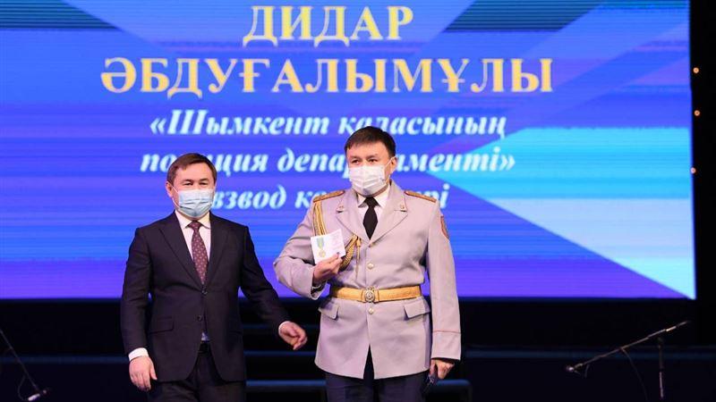 Аким Шымкента поздравил жителей с праздником