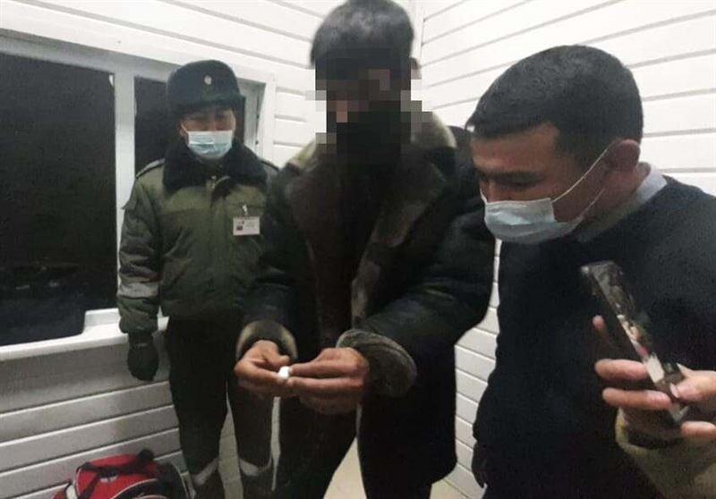 Иностранца с наркотиками задержали на границе в Туркестанской области