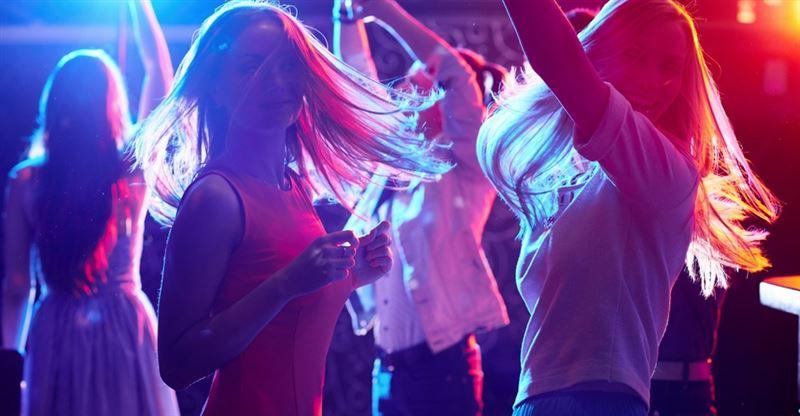 В Таразе 19 подростков наказали за пребывание в развлекательных заведениях ночью