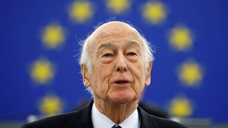 Бывший президент Франции скончался от коронавируса