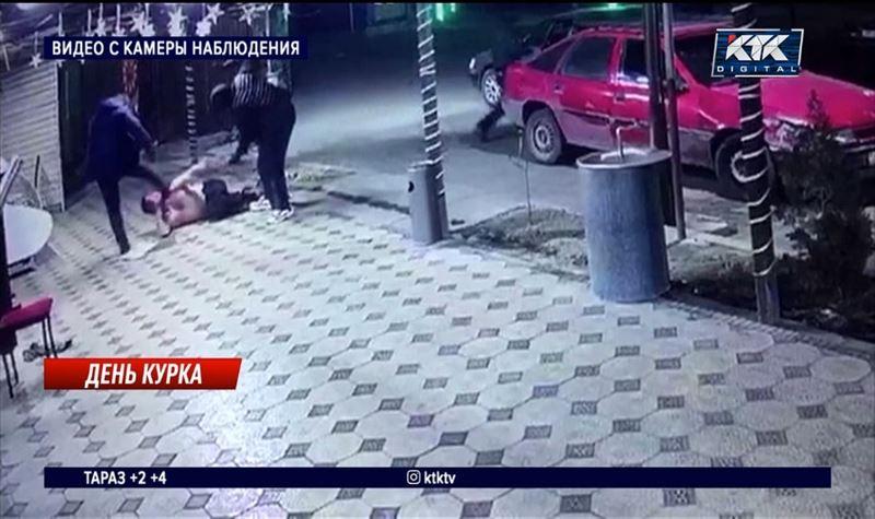 В Туркестанской области пятеро мужчин устроили перестрелку