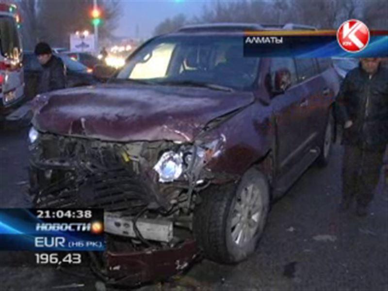 Водитель Lexus-a с блатными номерами, который устроил смертельное ДТП, до сих пор не наказан