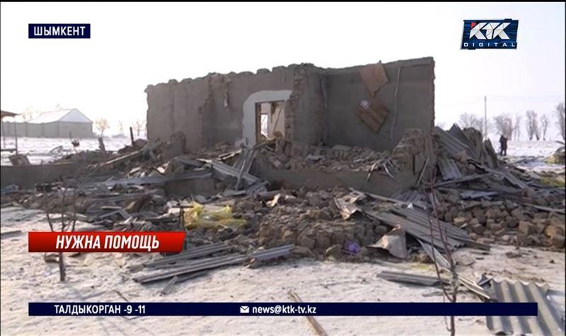 Взрыв газового баллона разрушил дом семьи с шестью детьми