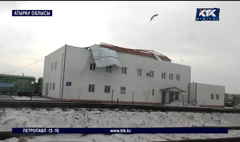 Дүлей дауылдан бірнеше елдімекен жарықсыз қалды – Атырау облысы