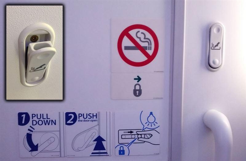Мужчине, курившему электронную сигарету на борту самолета, грозит штраф