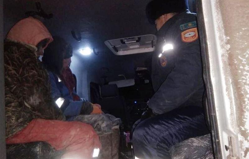 Жители Атырауской области пропали во время урагана