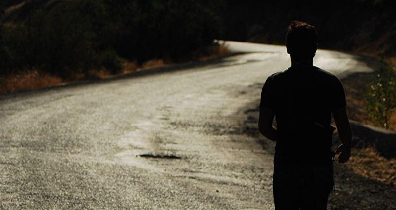 25 жастағы жігіт түн жарымда телемұнараға шығып алған
