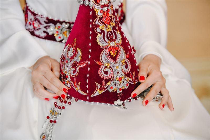 Проводы невесты с участием около 100 человек выявили полицейские Туркестанской области