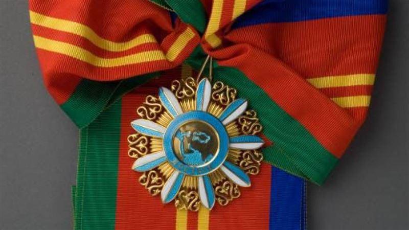 Президент Казахстана наградил российского посла орденом «Достык»