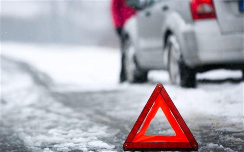 Годовалый ребенок и водитель стали жертвами ДТП на трассе Атырау ‒ Уральск