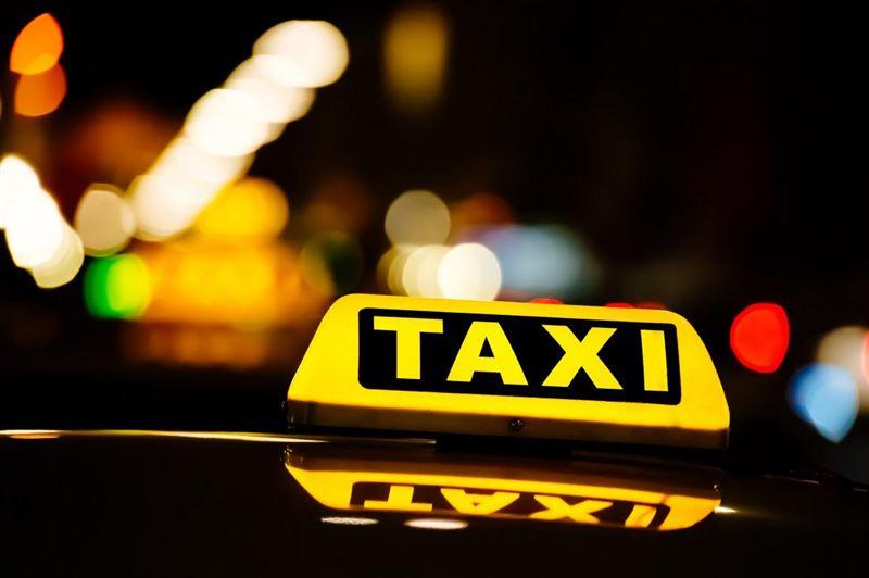 Таксист ограбил пассажирку в Нур-Султане