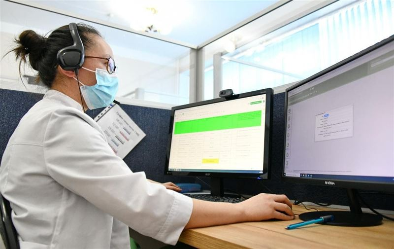 1500 звонков в день обрабатывается специалистами Центра телемедицины Алматы по вопросам COVID-19