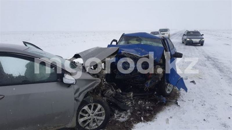 Авария в ЗКО унесла жизни шести человек
