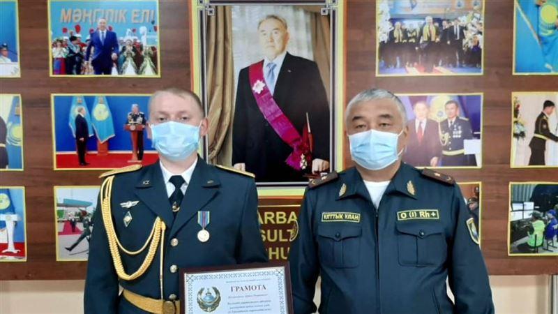 Гвардеец помешал изнасиловать девушку в Шымкенте