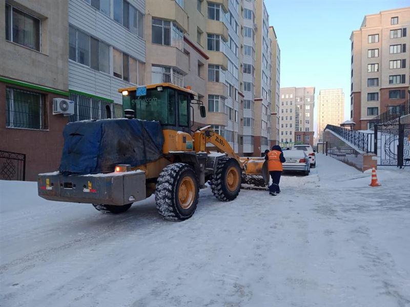 Свыше 1200 единиц спецтехники задействовано в снегоуборочных работах в Нур-Султане