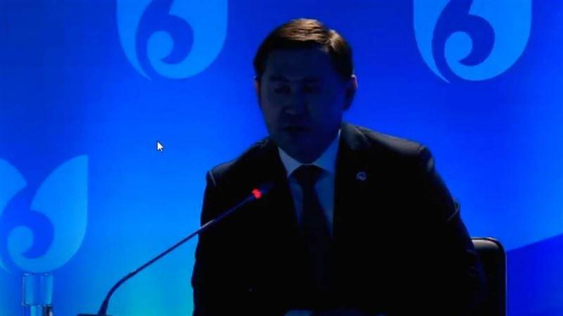 Свет отключили на отчетной встрече главы Шымкента