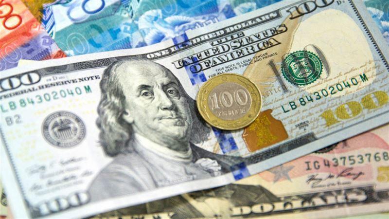 Курс доллара снова снизился