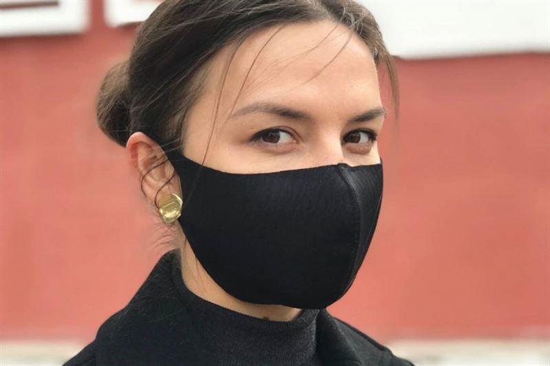 В столице избили девушку, у которой не было маски