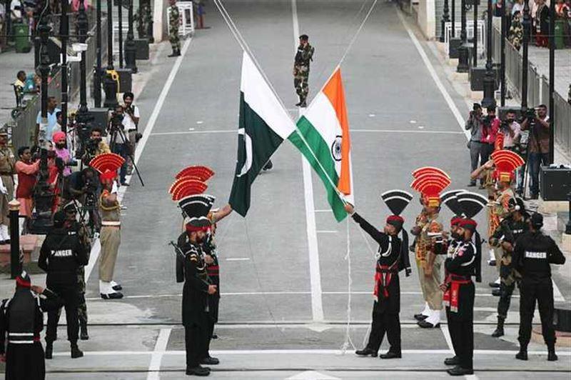 Үндістан мен Пәкістан атысты тоқтатуға келісті