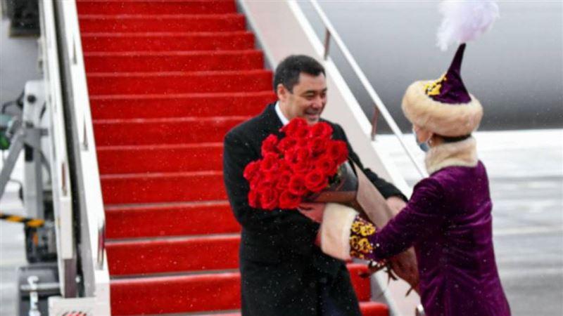 В Казахстан с государственным визитом прибыл президент Кыргызстана Садыр Жапаров