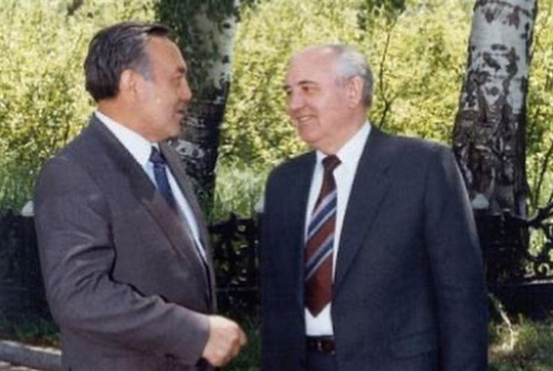 Первый Президент Казахстана поздравил Горбачева с юбилеем