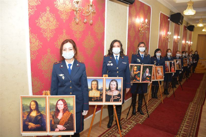 Необычную фотогалерею подготовили женщины-полицейские СКО к 8 Марта