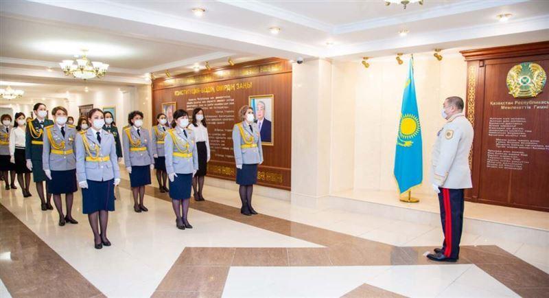 В МВД поздравили представительниц прекрасного пола