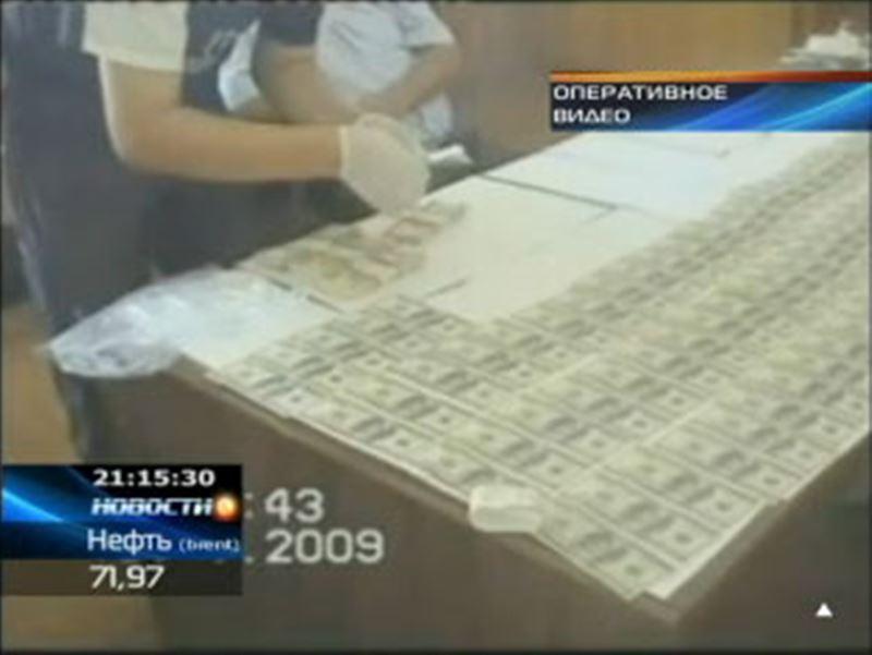 Финансовые полицейские  в очередной раз рассказывали журналистам о борьбе с коррупцией