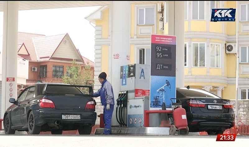 «Цены будут только расти»: экономисты о дорожающем бензине и продуктах