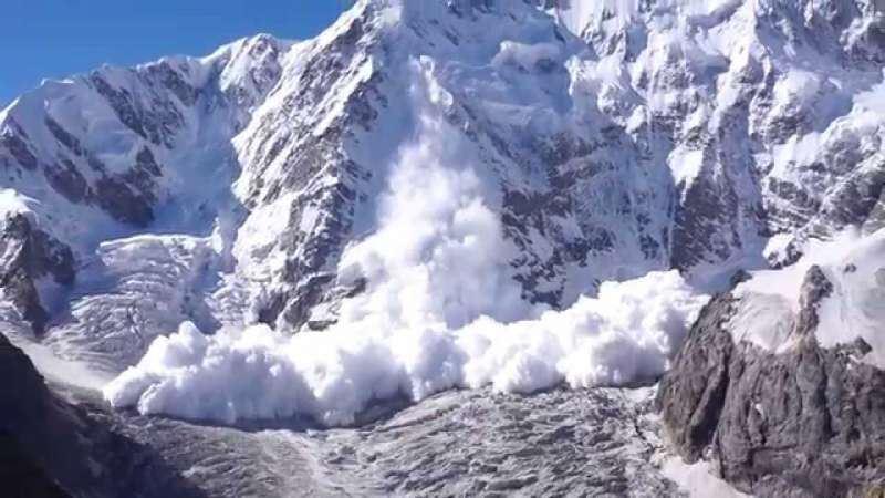 В алматинских горах могут сходить лавины