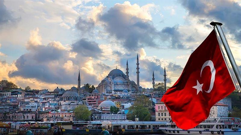 В Казахстане приостановили продажу туров в Турцию