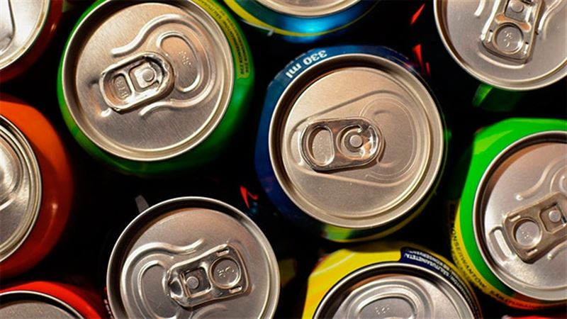 Студент, пивший около двух литров энергетика в день, пережил остановку сердца