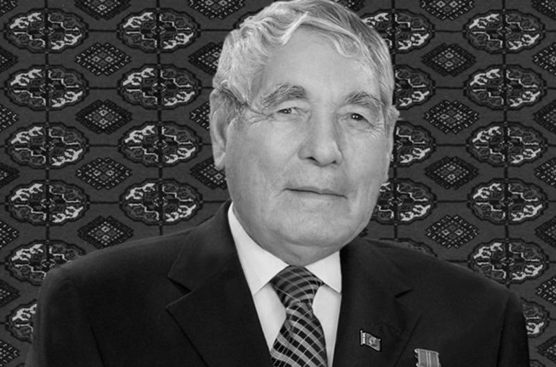 Назарбаев выразил соболезнования президенту Туркменистана в связи со смертью его отца