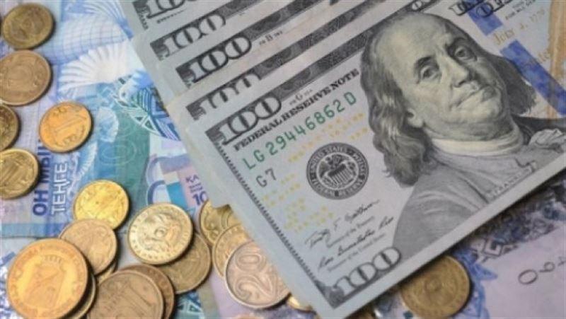 Курс доллара снизился по отношению к тенге